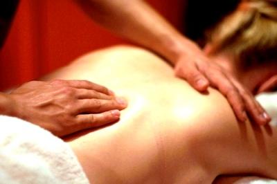 relaxační masáž ruční práce